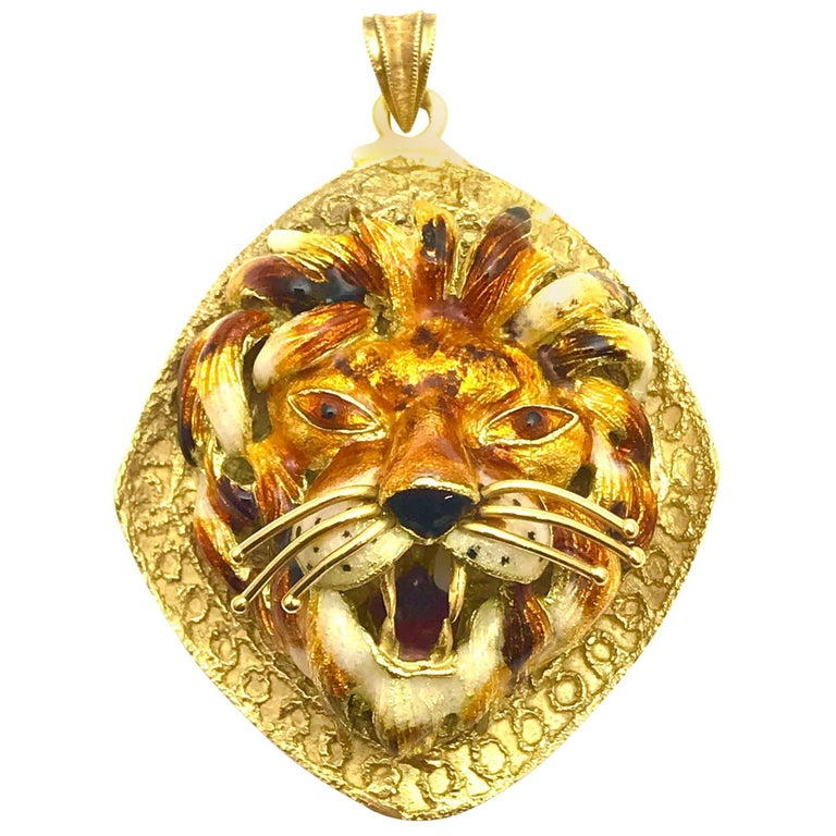 Italian Enamel and Yellow Gold Lion Pendant