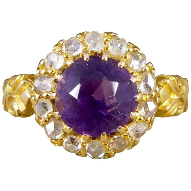 Late Victorian Amethyst Diamond 18 Carat Yellow Gold Cluster Ring
