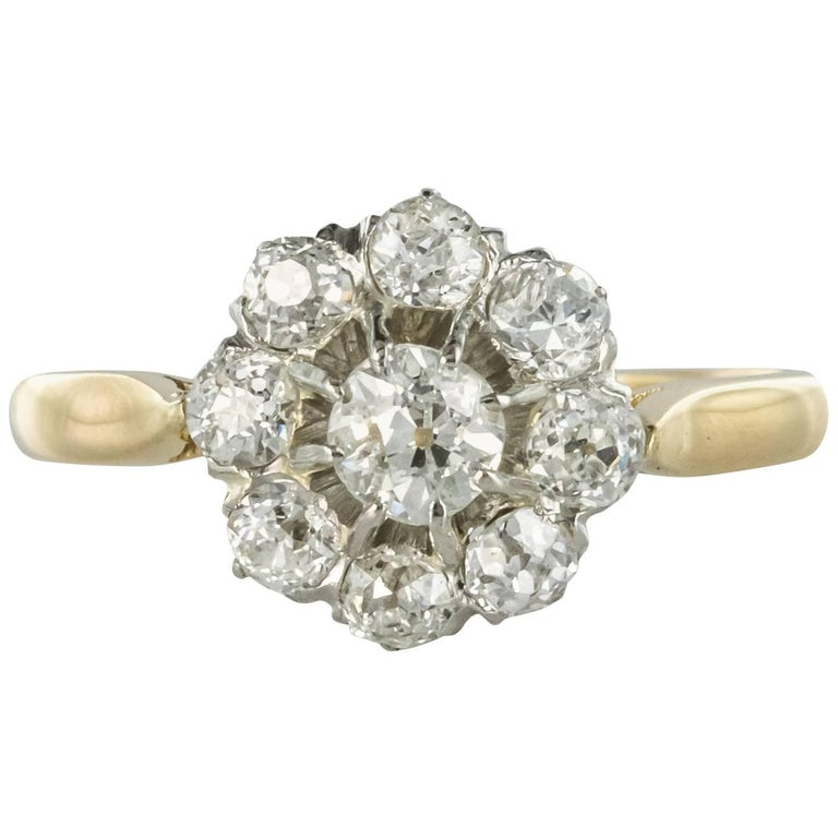 French 1900s Diamond 18 Karat Yellow Gold Cluster Ring