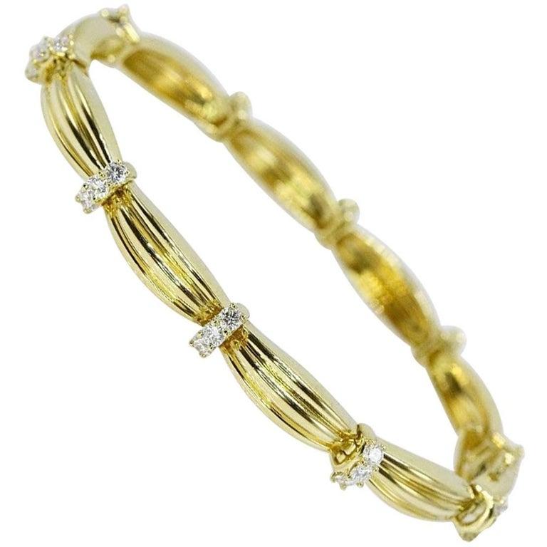 Tiffany & Co. 1.65 Carat Diamond and 18 Karat Gold 1992 Station Bracelet