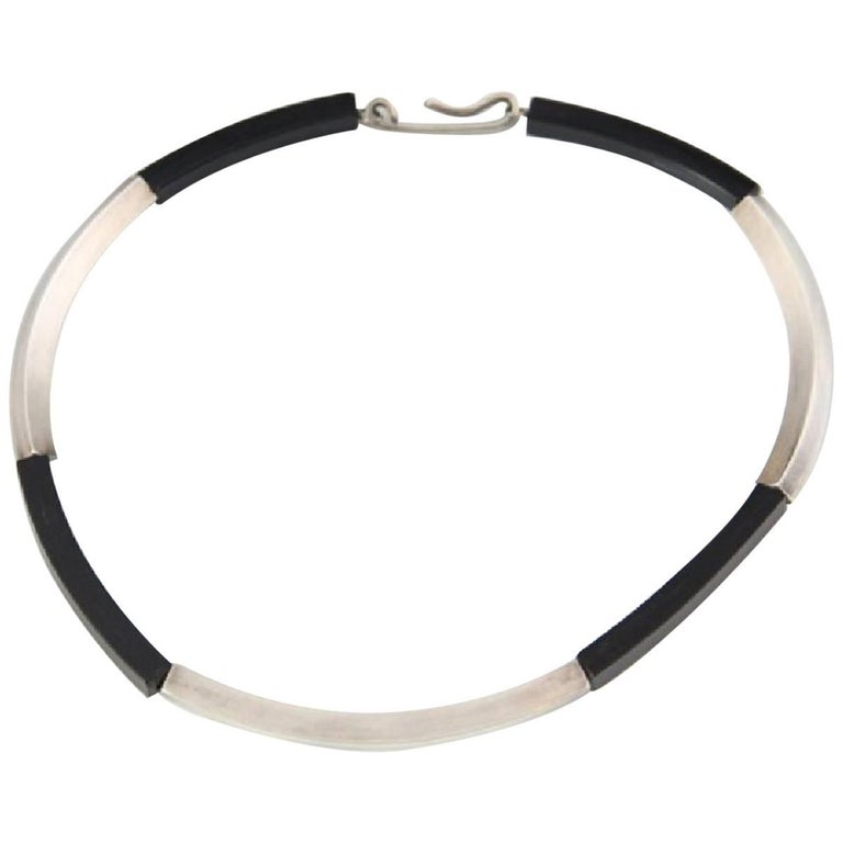 Betty Cooke Sterling Silver Acrylic Choker Necklace