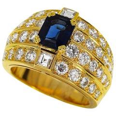 Boucheron Blue Sapphire Diamond 18 Karat Yellow Gold Ring