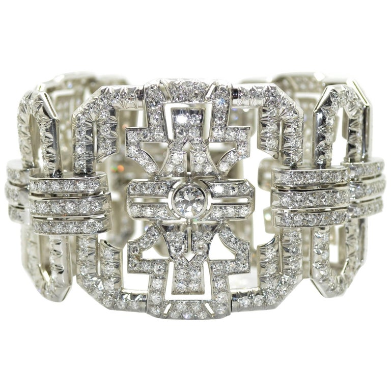 1930s Art Deco Platinum and Diamond French Bracelet, 17 Carat of Diamonds