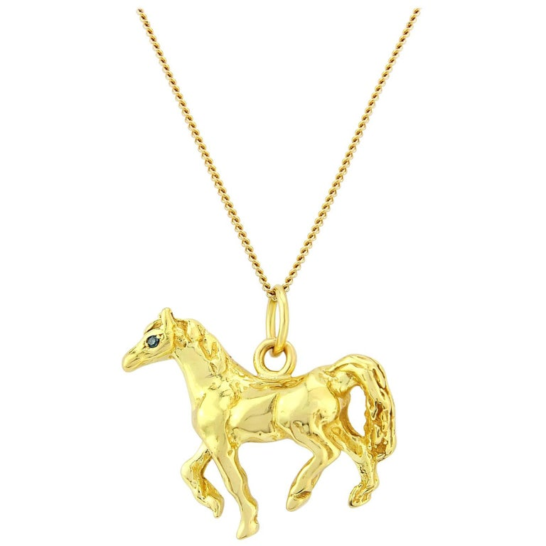 Horse Pendant in Solid 18 Karat Gold with Emerald Eyes