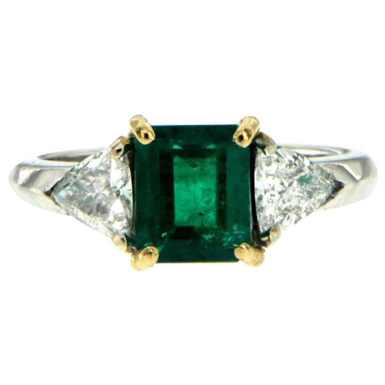 Estate Colombian Emerald Diamond Gold Ring