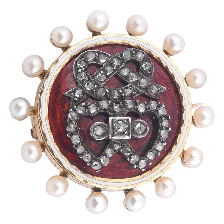 Early 20th Century Romantic Brooch
