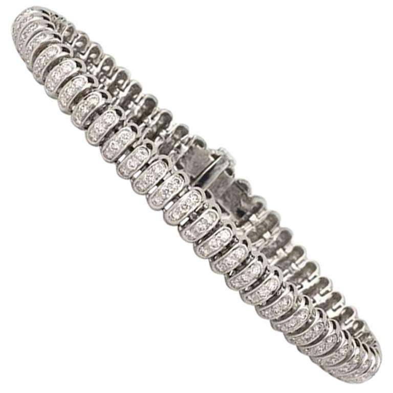 Diamond Tennis Bracelet 2.86 Carat For Sale