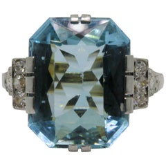 Art Deco Aquamarine and Diamond Platinum and Gold Ring
