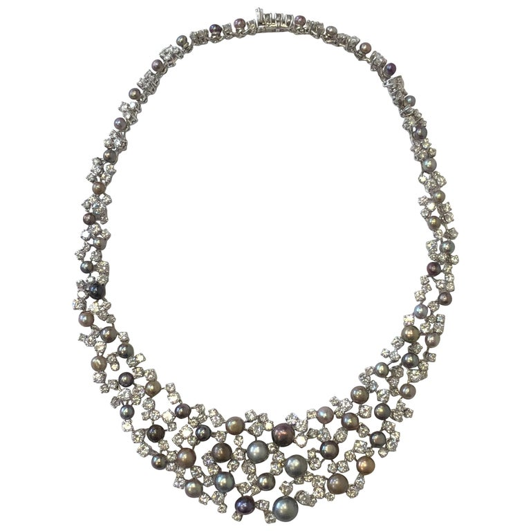 Old English Natural Gray Round Pearl Necklace with Diamonds in Platinum