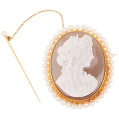 Gold Agate and Natural Pearls Napoleon III Cameo