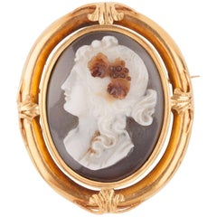 Napoleon III Gold and Agate  Cameo Brooch