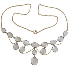 Edwardian Yellow Gold and Moonstone Necklace