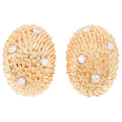 Gold and Diamonds Earrings Hérisson Model by Van Cleef & Arpels