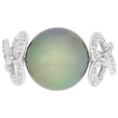 2.31 Carat Tahitian South Sea Pearl and 0.13 Carat White Diamond