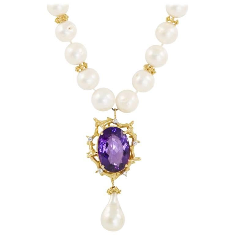 Amethyst Freshwater Pearl 18 Carat Yellow Gold Pendant Necklace