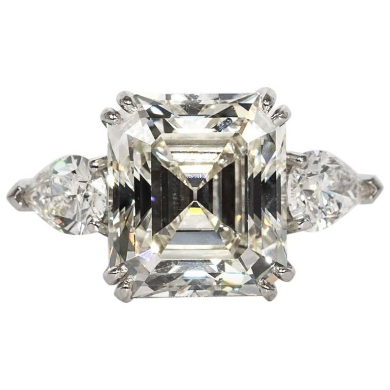 8.37 Carat Emerald Cut Diamond Engagement Ring GIA K VS1 in Platinum