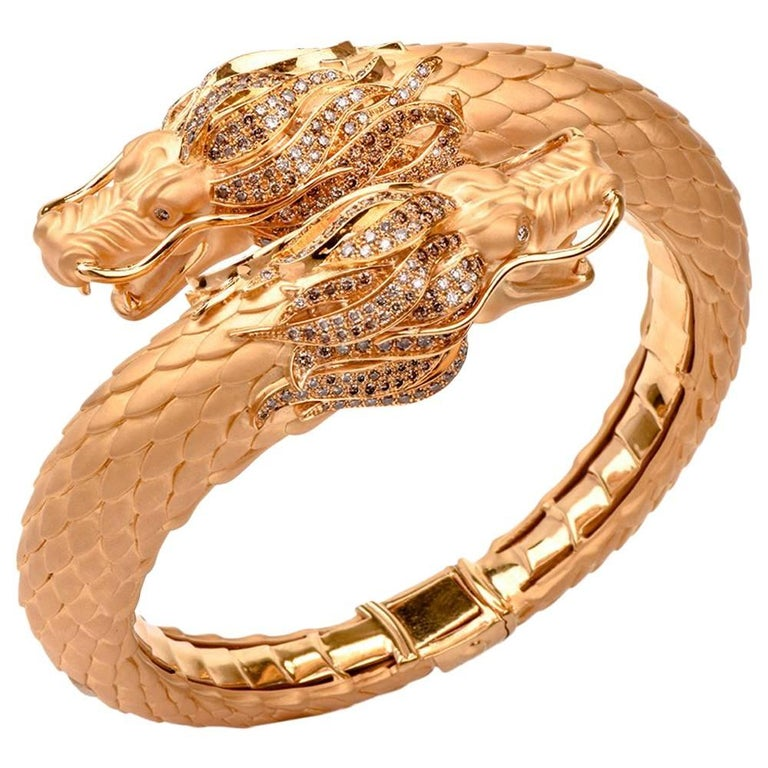 Carrera y Carrera Círculos De Fuego Dragon Bangle Bracelet