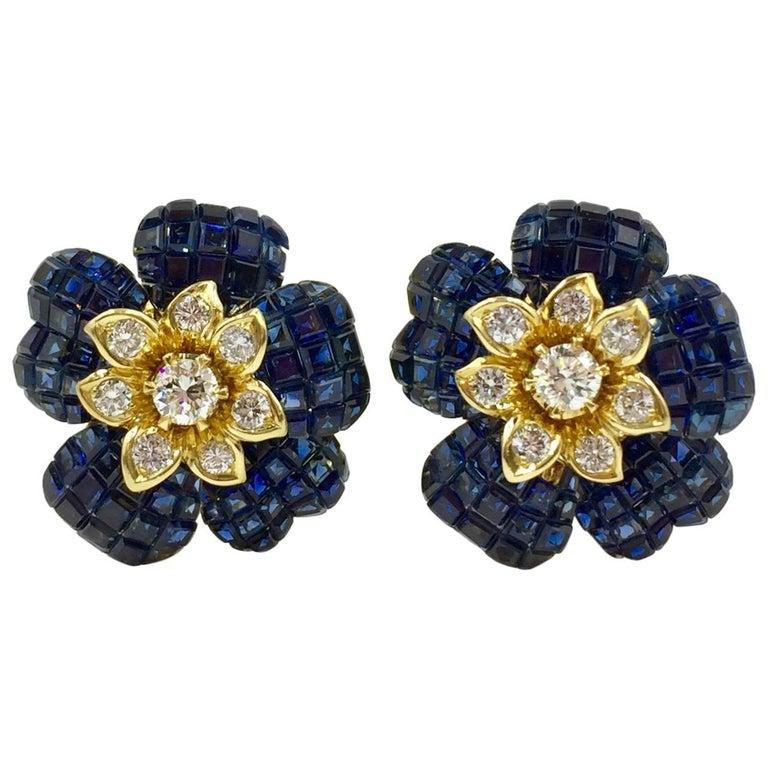 Blue Sapphire and Diamond Flower Earrings 18 Karat Yellow Gold