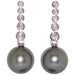 Tahiti Pearls 3.1 and White Diamonds 0.41K White Gold 18K Chandelier Earrings