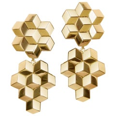 18 Karat Yellow Gold Signature Brillante Earrings, Medium