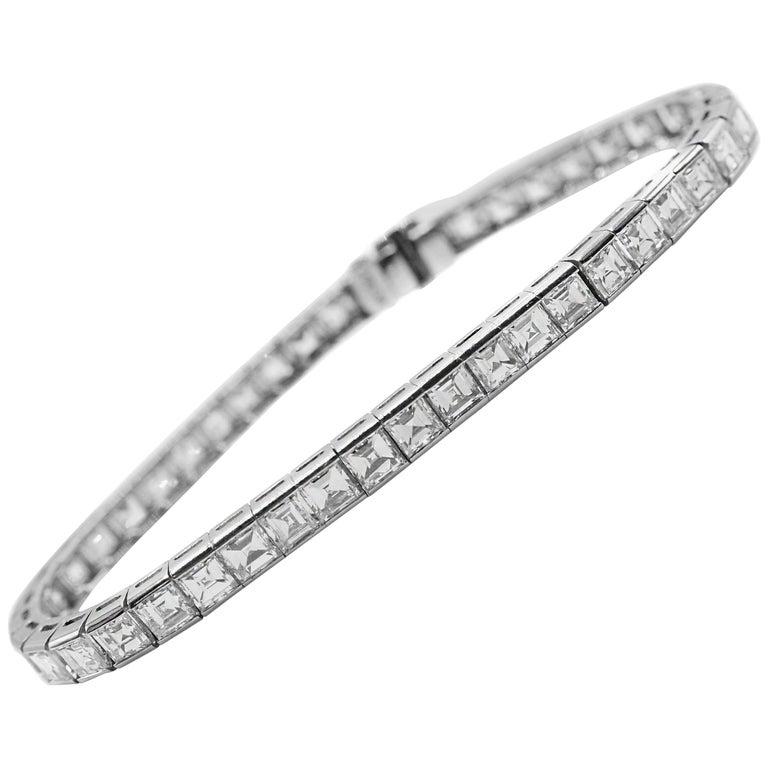 Magnificent 1950s Square Cut Diamond Platinum Straight Line Bracelet For Sale