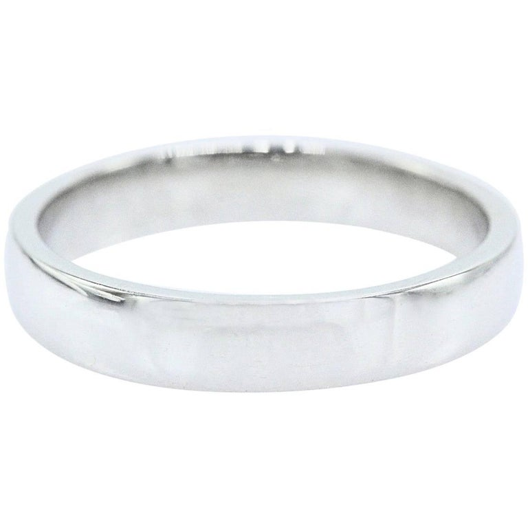 Van Cleef & Arpels Toujours Wedding Band Ring in Platinum