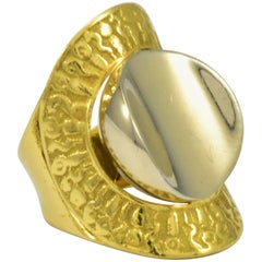 1970s Greek Style 18 Karat Yellow and White Gold Disc Ring