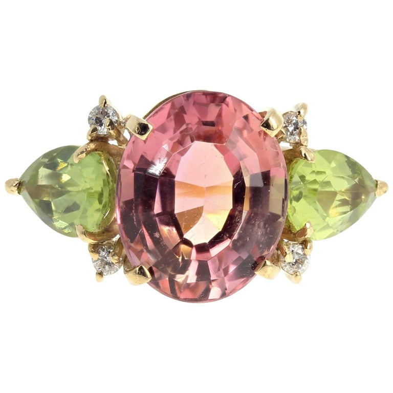 Tourmaline and Peridot and Diamond 18 Karat Yellow Gold Ring