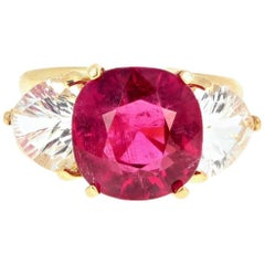 7.2 Carat Tourmaline and Silver Topaz 18 Karat Yellow Gold Ring