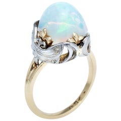 Art Nouveau Dragonfly Opal Ring Vintage 14 Karat Yellow Gold