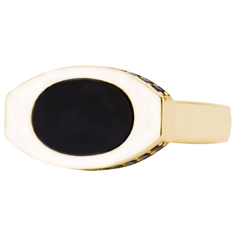 14 Karat Yellow Gold and Black Onyx Oblong Signet For Sale