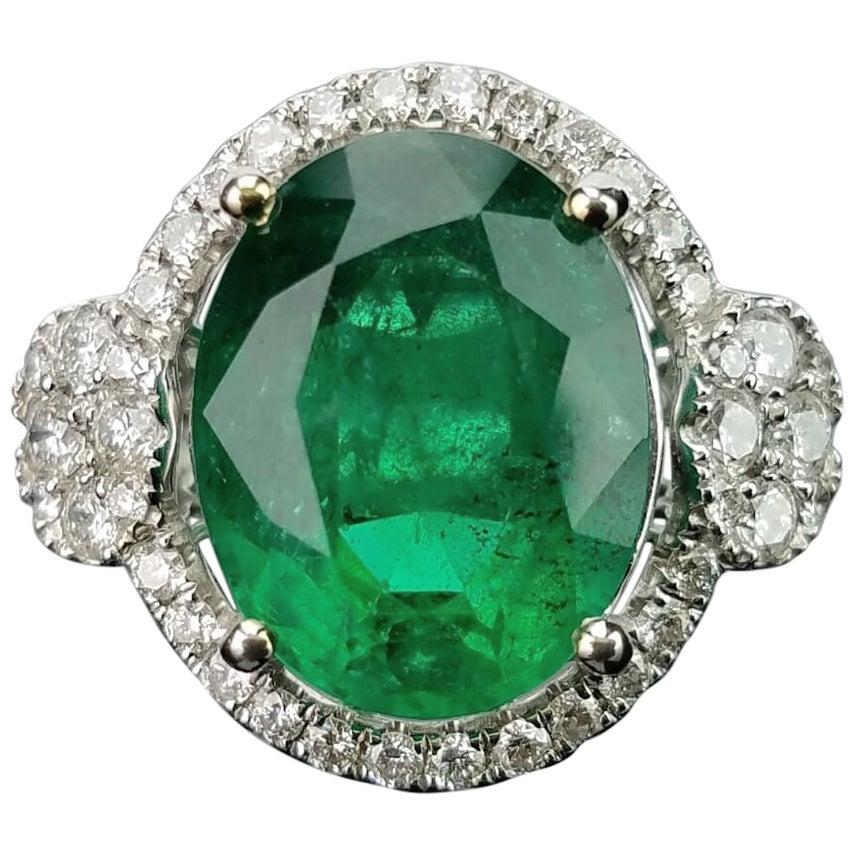 10.72 Carat Emerald and Diamond 18 Karat Gold Cocktail Ring