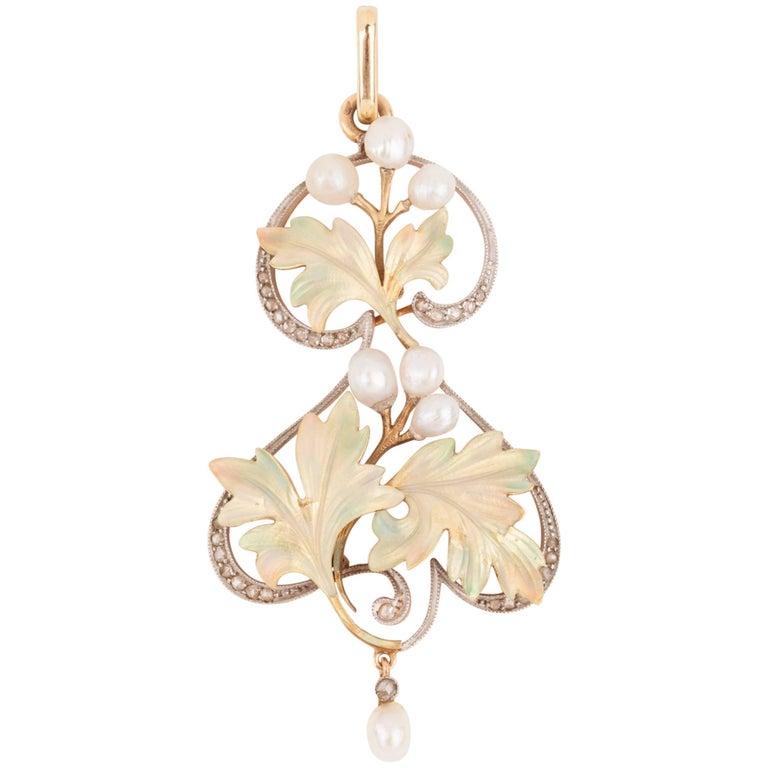 Gold and Enamel French Art Nouveau Pendant