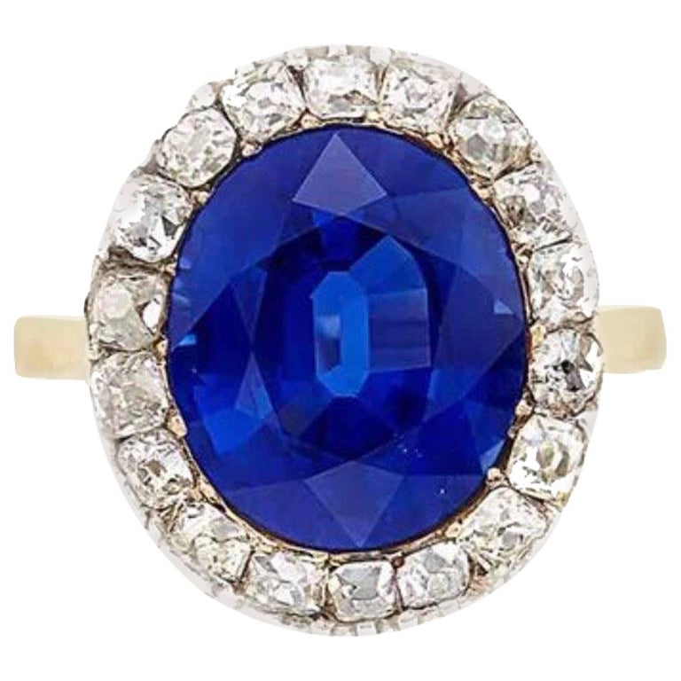 AGL Certified 9 Carat Sapphire, Antique Gold, Platinum and Diamond Ring