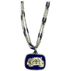 18 Karat Lapis Lazuli Pendant
