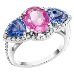 White Gold Pink and Blue Sapphire Diamond Cocktail Ring Weighing 6.05 Carat