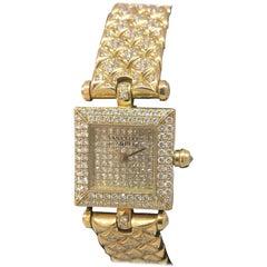 Van Cleef & Arpels Classique Yellow Gold Pave Diamond Bracelet Ladies Watch
