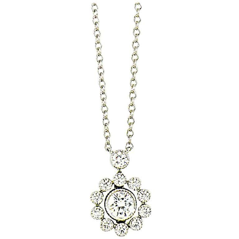 TIFFANY & CO. Diamonds Halo Flower Pendant Necklace in Platinum For Sale
