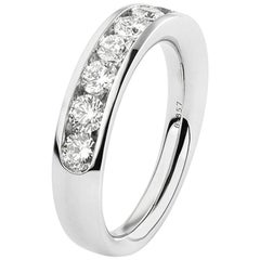 White Diamonds on White Gold 18 Karat Engagement Ring
