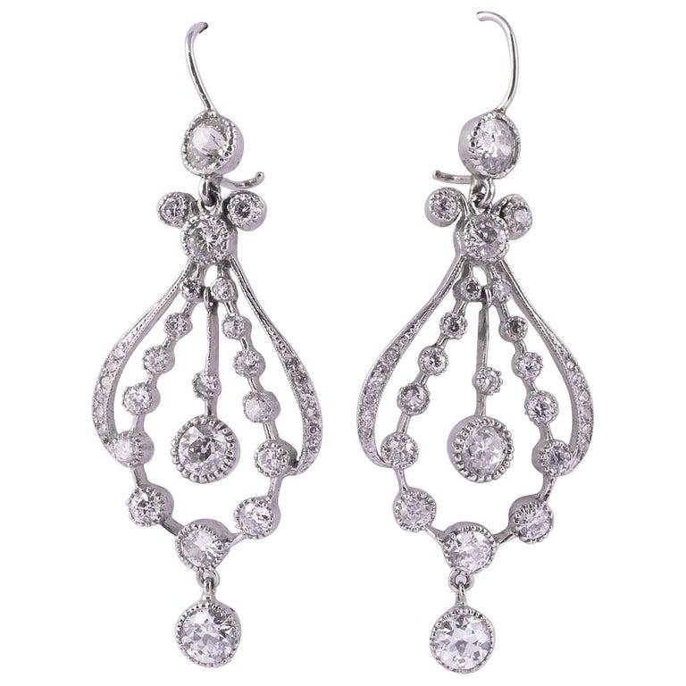 Art Deco Diamond Chandelier Earrings with 7.30 Carat of Diamonds For Sale