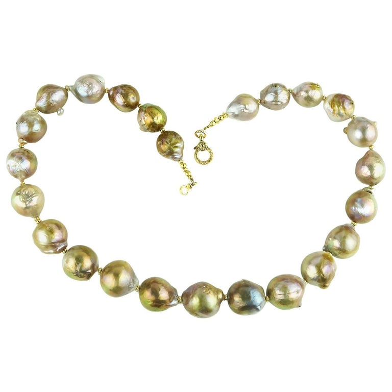 Iridescent Wrinkle Pearl Necklace