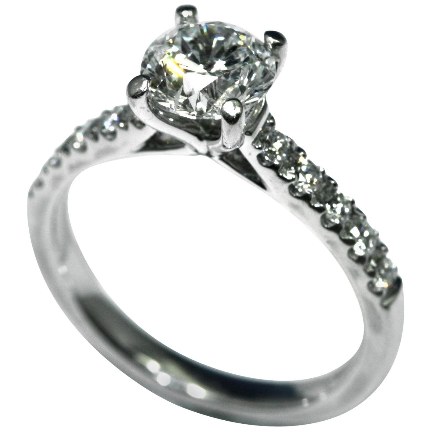 Ring 1.01 Carat Brilliant Cut Diamond Mounted in Platinum