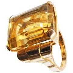 Retro Golden Citrine 18 Karat Yellow Gold Ring