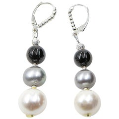 Grey and White Pearl Earring with Onyx Beads