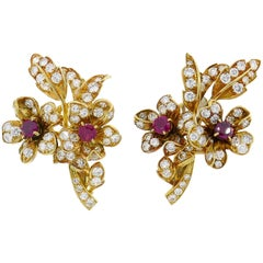 Cartier Ruby Diamond En Tremblant Yellow Gold Earrings