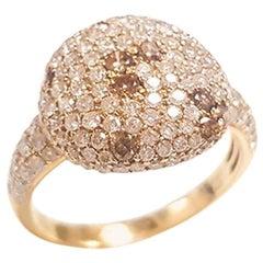 Ladies 18 Karat Yellow Gold and Round Diamond Ring