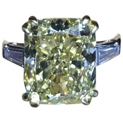 Blvgari, 7.27 Carat Yellow Diamond and Platinum Ring