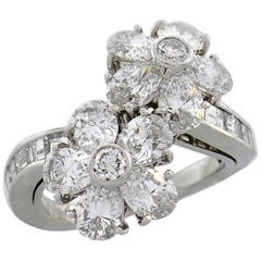 Van Cleef & Arpels Fleurette Diamond Platinum Ring VCA