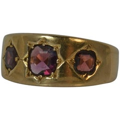 1876 Victorian 15 Carat Gold and Flat Cut Garnet Trilogy Gypsy Ring