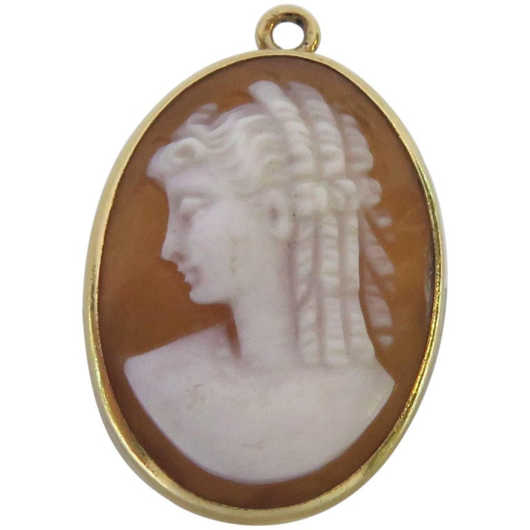Antique Gold Shell Cameo Pendant Charm